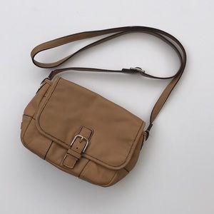 Coach Hadley Leather Field Crossbody Bag F29763